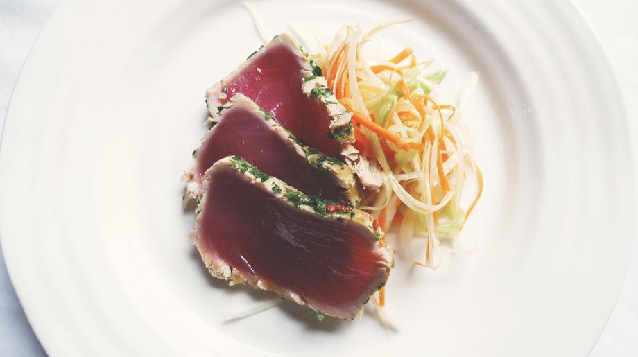 Herb coated tuna with asian shredded vegetable salad